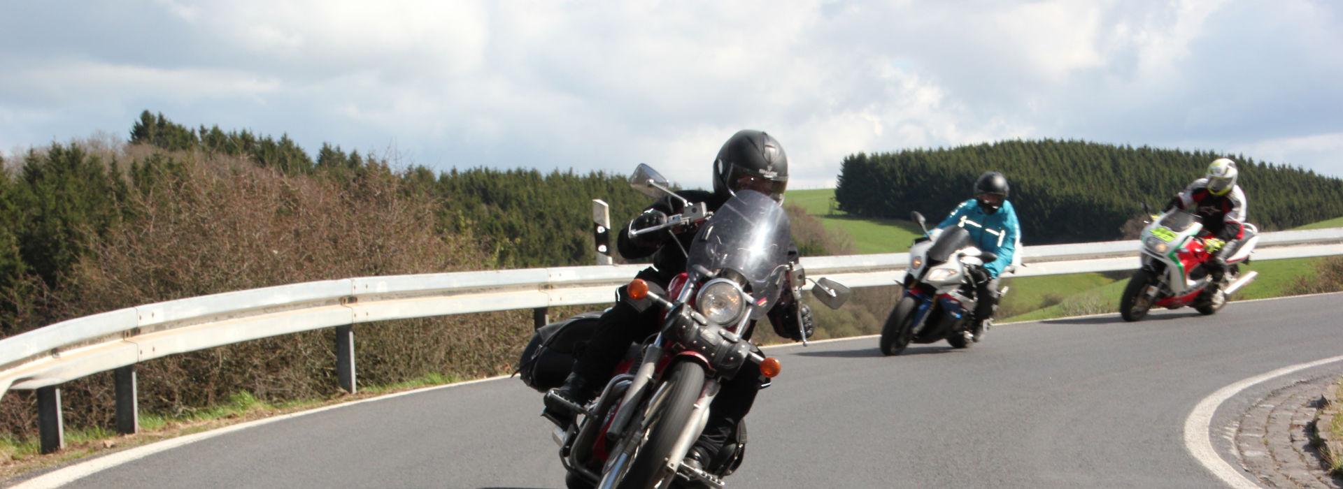 Motorrijschool Motorrijbewijspoint Uithoorn motorrijlessen